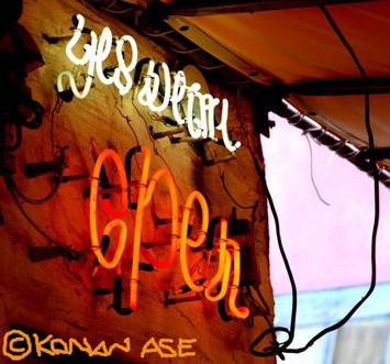 Neon_sign_okinawa_1