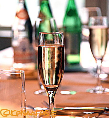 Champagne_lunch