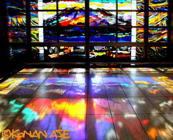 Stained_glass_774_1