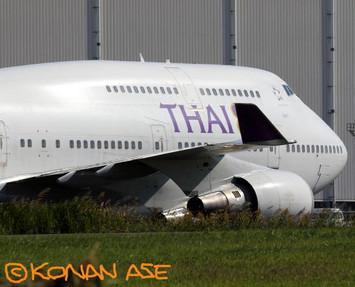 747_400_602