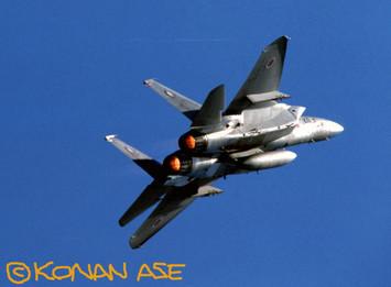 F15_204sq_80s_1