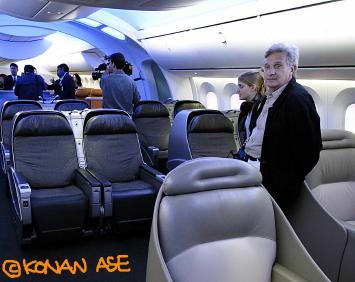 787mockup01