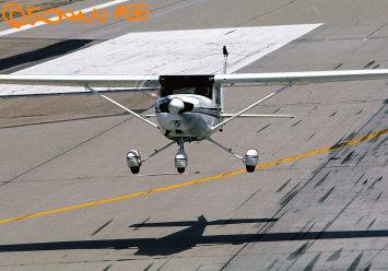 Cessna152_1