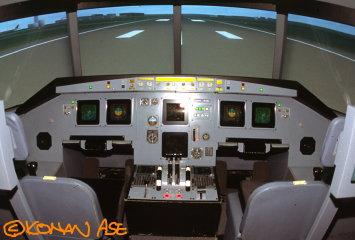 A320cockpit_002