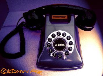 Telephone08