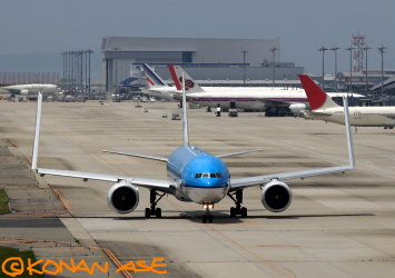 777wing01a_1_1