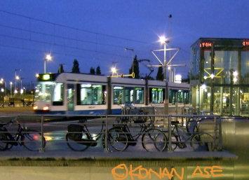 Train_008
