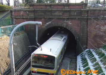Tunnel03
