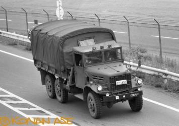 Jsdf_trucks_002_1